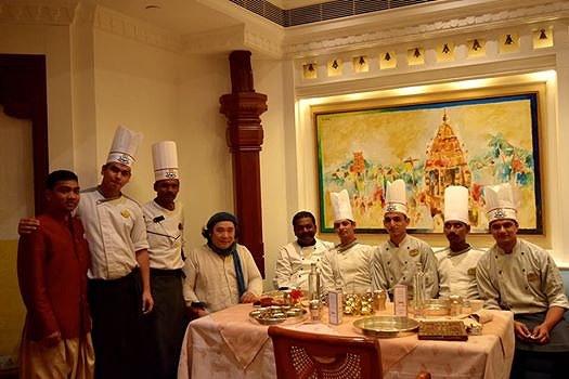 鈴木さんとインド料理屋