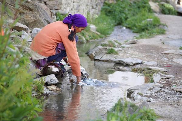 チャー村の川