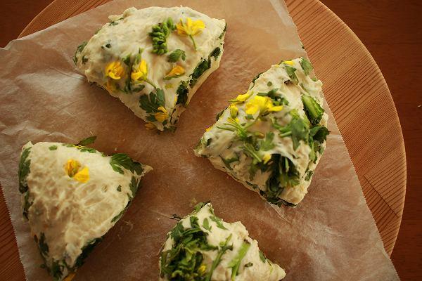 アスパラ菜パン
