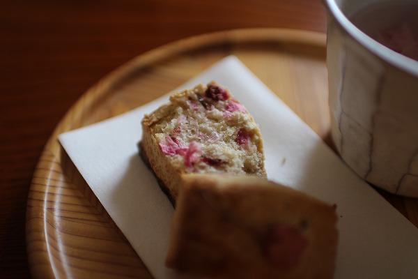 桜の塩漬けお菓子