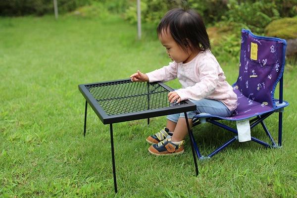 子ども用テーブル